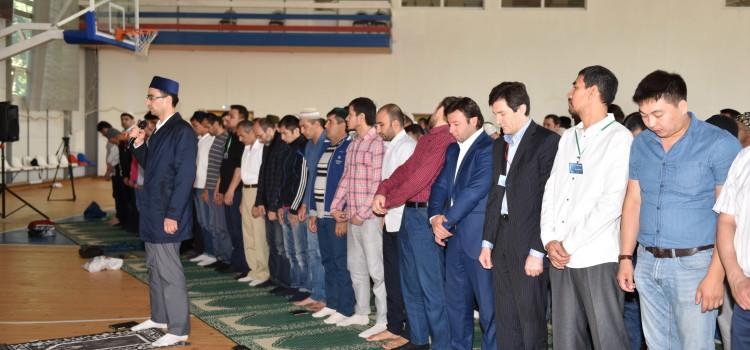 Мусульмане Химок совершили праздничный намаз