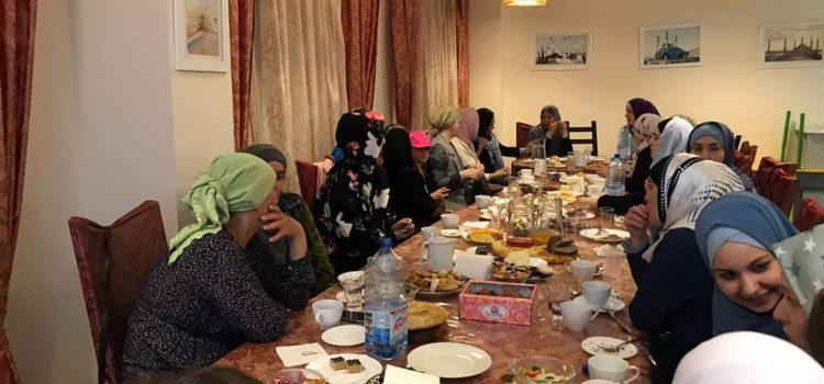 В МРОМ Химки прошли женские ифтары