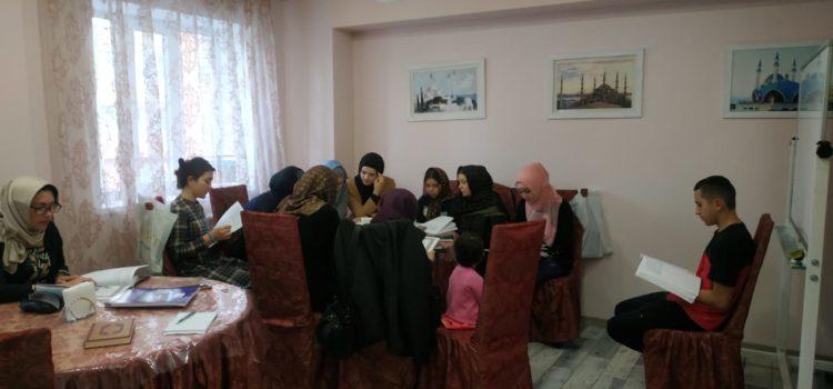 Воспитанники медресе МРОМ Химки провели уроки для юных мусульман и родителей